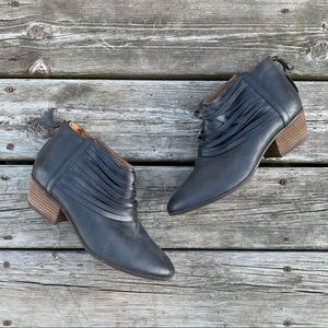 Clark's Artisan Stacked Heel Ankle Boots